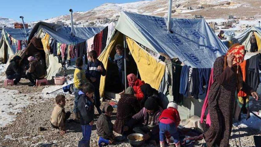 الجوع ينهش أهالي الركبان.. قصة المخيم الذي تداعى عليه الجميع