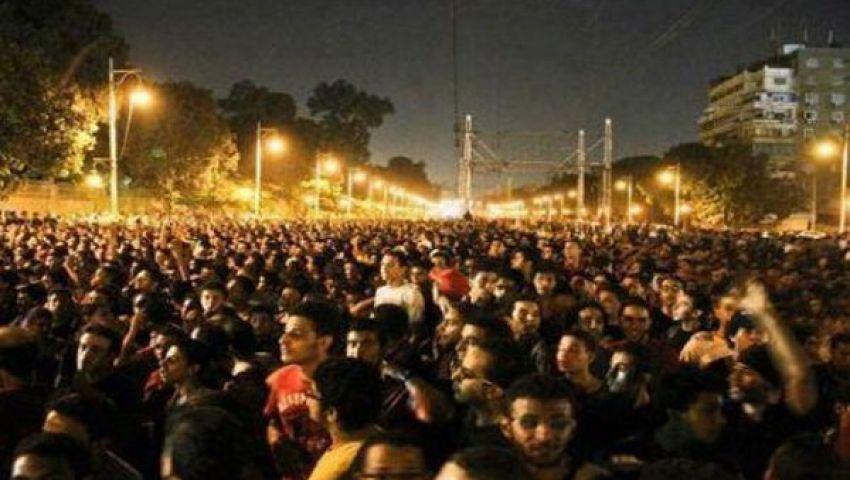 تدفق الآلاف أمام الاتحادية للمطالبة برحيل مرسي