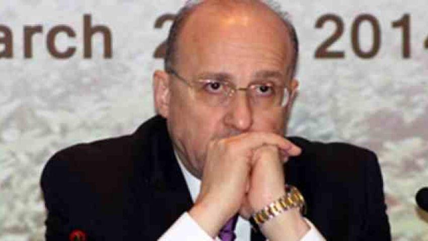 وزير الصحة يقطع اجتماعه بتونس ويعود لمصر