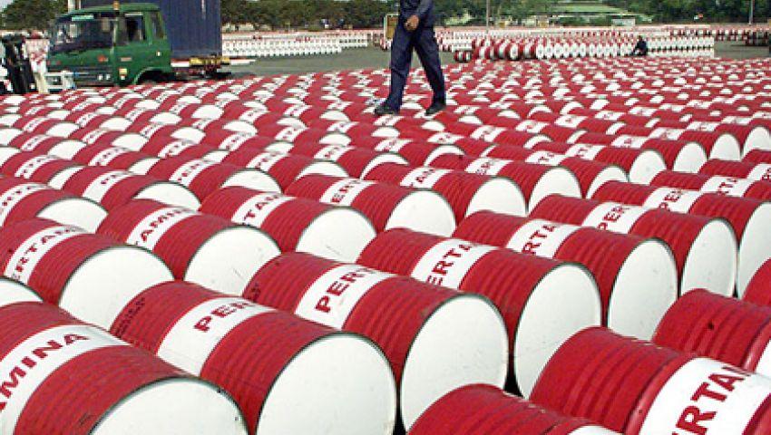 الإمارات ترسل 4 شحنات بترول الشهر الجاري