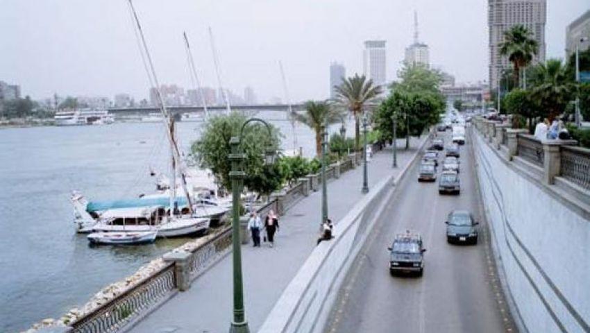 رفع مخلفات الاشتباكات على كورنيش النيل