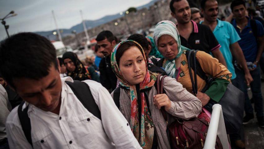 اليونان: نقل 500 لاجئ أفغاني إلى أماكن إقامة مناسبة