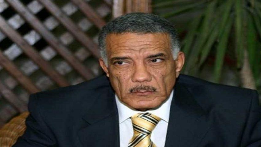 ثوار ينتفضون نصرة للمستشار زكريا عبدالعزيز