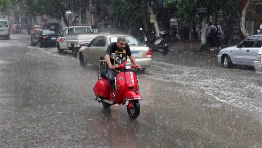 فيديو| هل يتكرر سيناريو « عاصفة التنين»؟.. نصائح لتجنب مخاطر الأمطار
