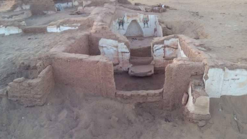 بالصور| تفاصيل اكتشاف مقبرتين رومانيتين في الوادي الجديد