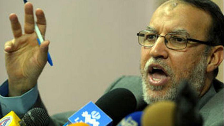 منصة جامعة القاهرة تعلن  انضمام العريان للاعتصام
