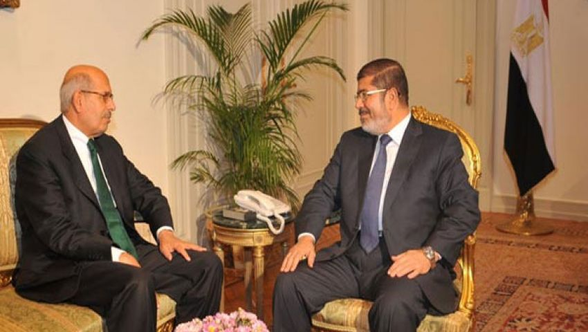 مرسي يدعو المعارضة للحوار.. والبرداعي يطالبه بالاستقالة