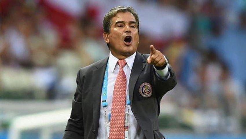 مدرب هندوراس يصف السقوط أمام أمريكا بالمخزي