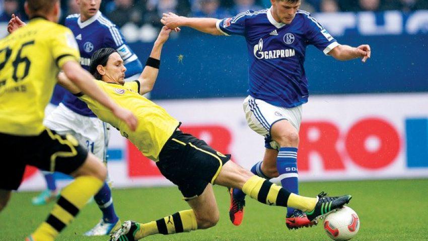 الإصابة تبعد هونتيلار عن شالكه الألماني شهر