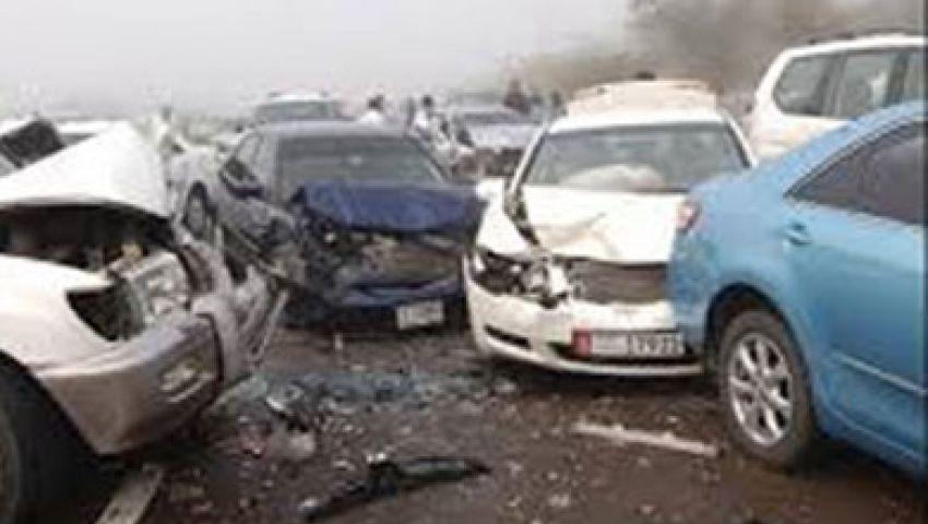 إصابة 12 في تصادم 12 سيارة بطريق الفيوم الصحراوي