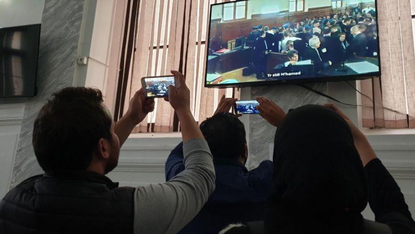 تمويل خفي وامتيازات بالمليارات.. تفاصيل ثاني أيام محاكمة رجال أعمال بوتفليقة
