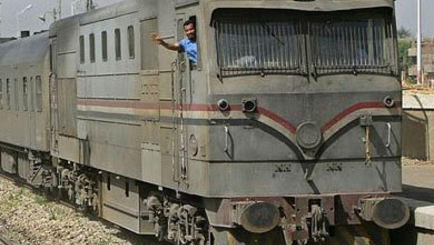 استئناف حركة قطارات قبلي لتوفقها بسبب علبة كشري
