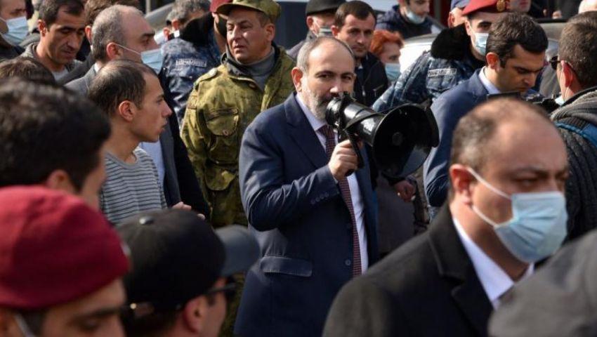 انقلاب أرمينيا.. الجيش «المهزوم» يحاول إطاحة «باشينيان»