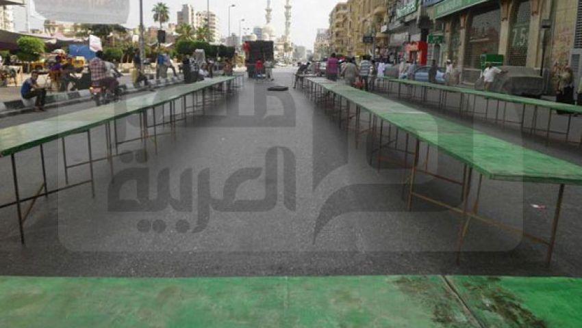 بالصور.. استعدادات ميدان الثورة بالمنصورة للإفطار الجماعي