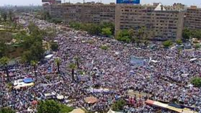 مؤيدون لمرسي يدعون لـمليونية سلمية غدا بكل مساجد مصر