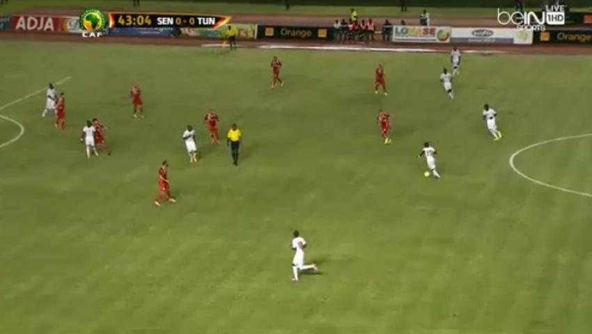 الشوط الأول.. تونس تنتزع التعادل من السنغال
