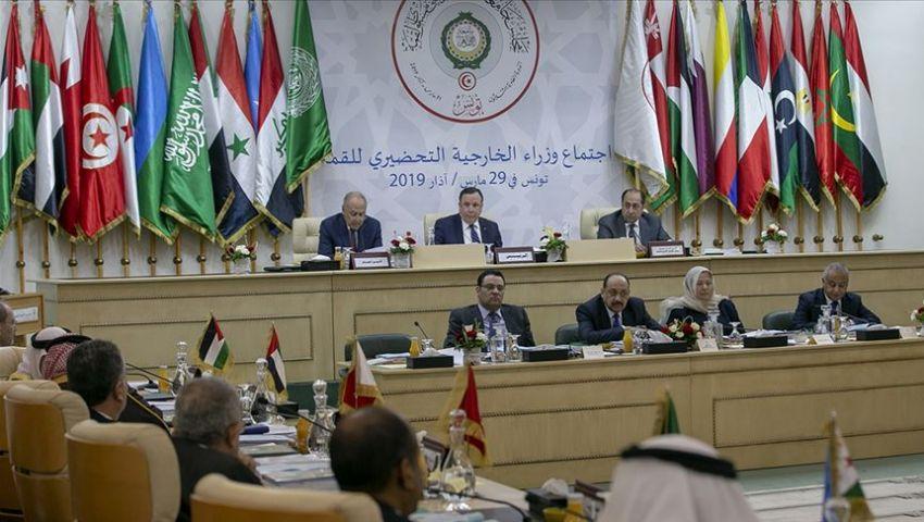 متحدث «قمة تونس» يوضح إمكانية عودة سوريا وكيفية دعم فلسطين