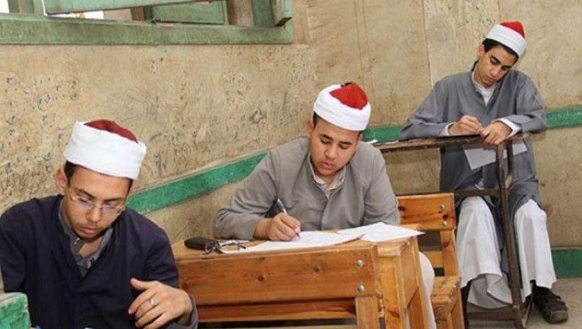 اليوم.. طلاب الثانوية الأزهرية «أدبي» يؤدون امتحان القرآن الكريم