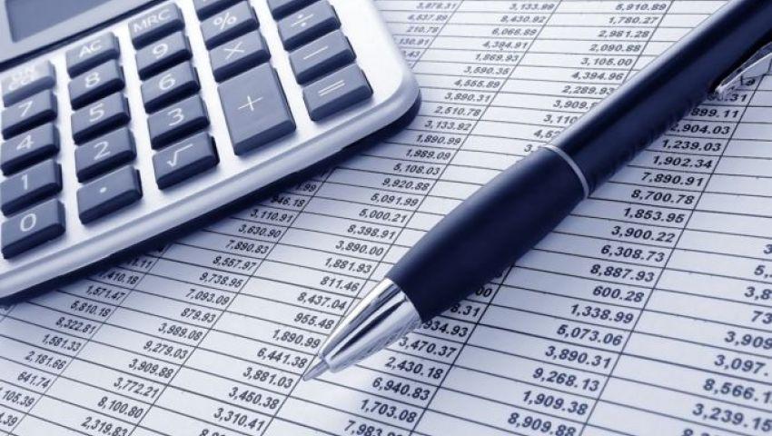 عن تراجع العجز التجاري 22%| خبراء: انخفاض الواردات السبب الرئيسي