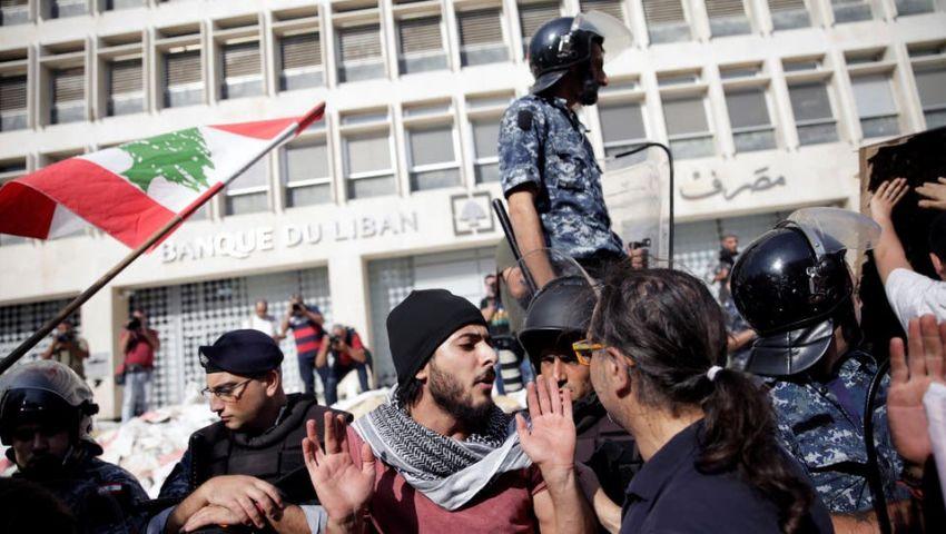 تطورات احتجاجات لبنان.. جرحى في بيروت ودعوة للعصيان بطرابلس