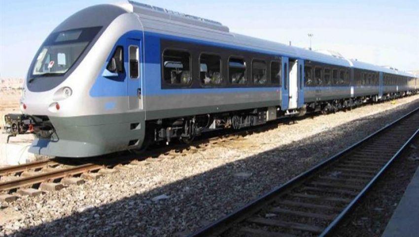 خالية من السكان.. فيتش: ما جدوى القطار الكهربائي بالعاصمة الإدارية؟
