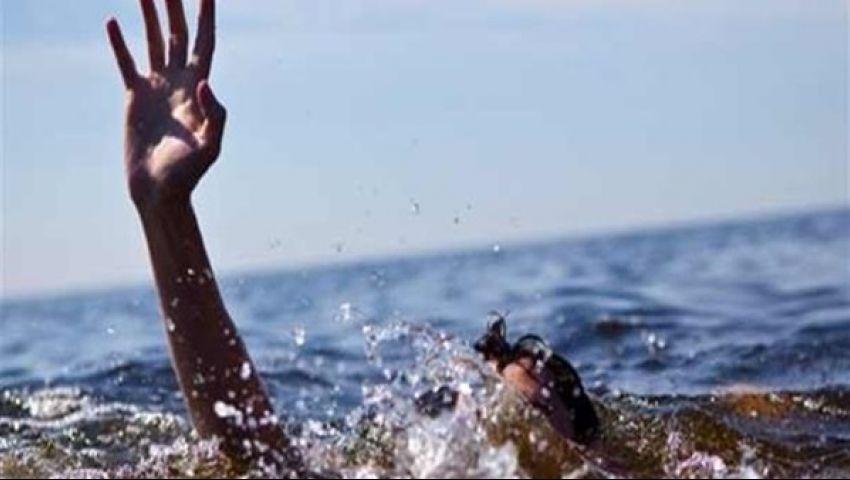 غرق طالب ثانوي في حمام سباحة بالفيوم