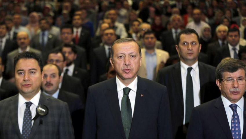 انشقاقات تلوح في الأفق.. هل يستعد أردوغان لمرحلة عصيبة؟