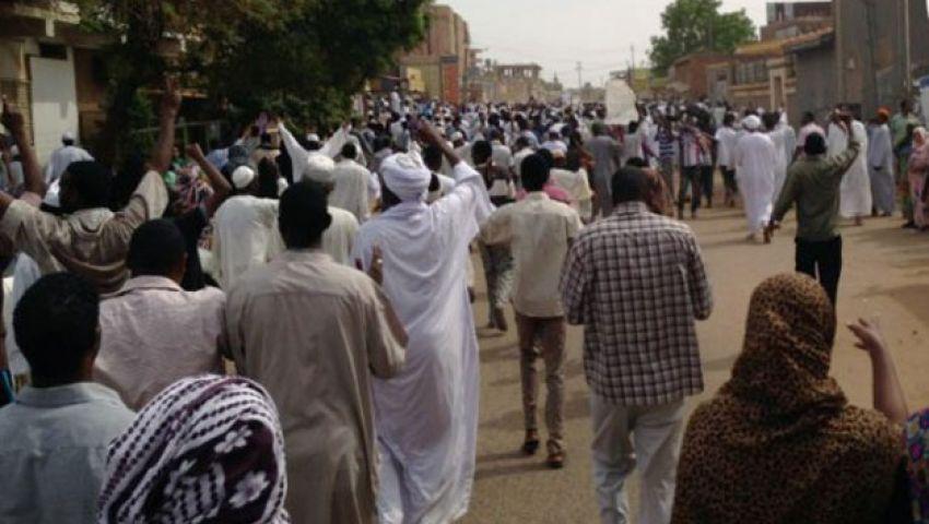 تحذيرات من «ثورة جياع» في السودان