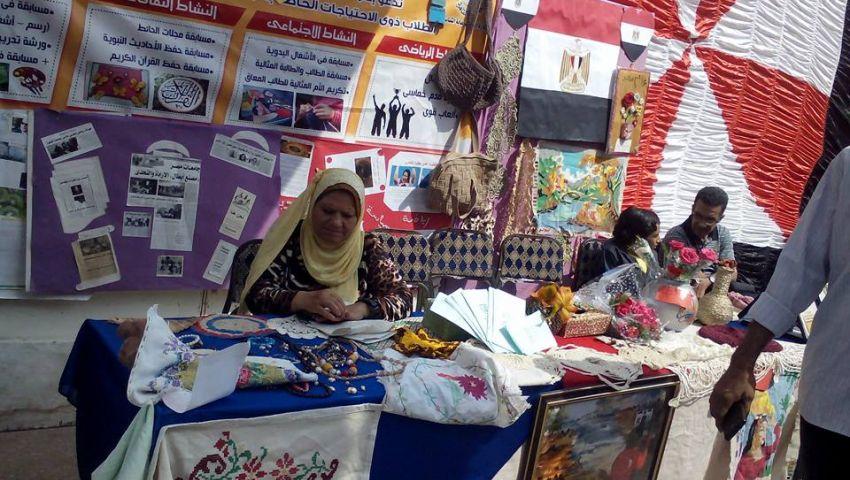 بالصور.. حضور طلابي مكثف بجامعة القاهرة في أول أيام الدراسة