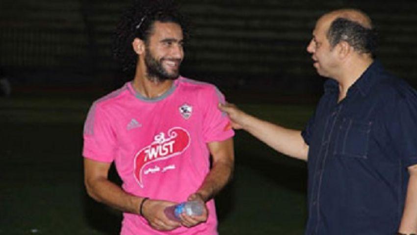 أحمد سليمان يزور معسكر الزمالك ويطالب اللاعبين بالسوبر