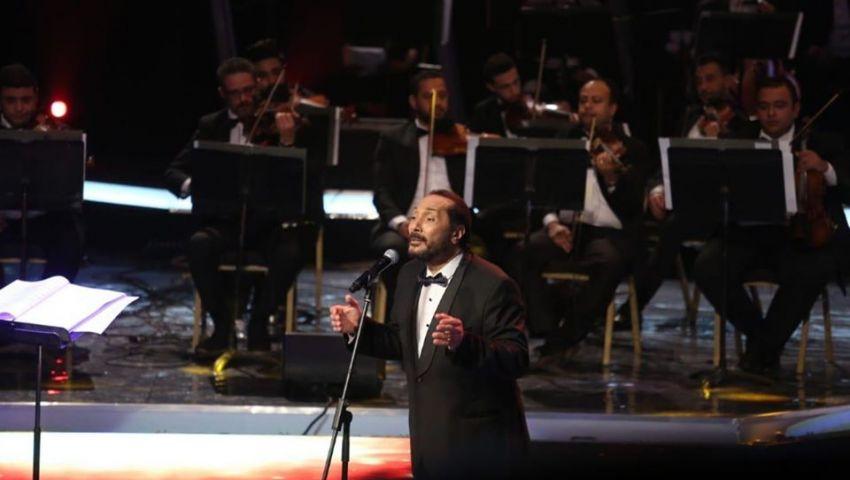 صور| في مهرجان الموسيقى العربية .. الحجار يحتفل بالمولد النبوي وينعي هيثم أحمد زكي
