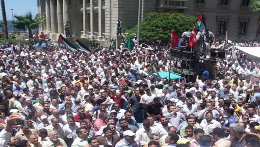 62 إضرابا واعتصامًا بالسويس في 6 أشهر