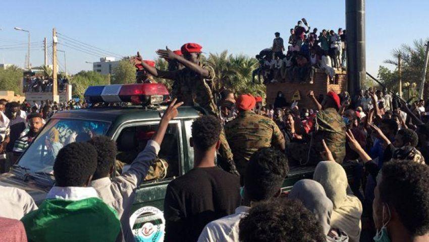السودان.. تأجيل لقاء المجلس العسكريو«قوى التغيير» إلى الثلاثاء
