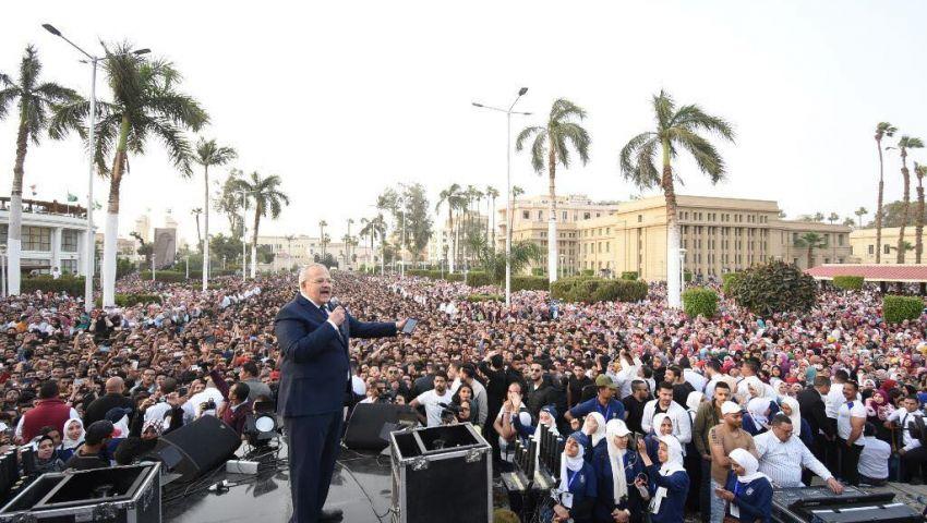 شاهد| أول تعليق من رئيس جامعة القاهرة بعد تصريحاته فى حفل حماقى