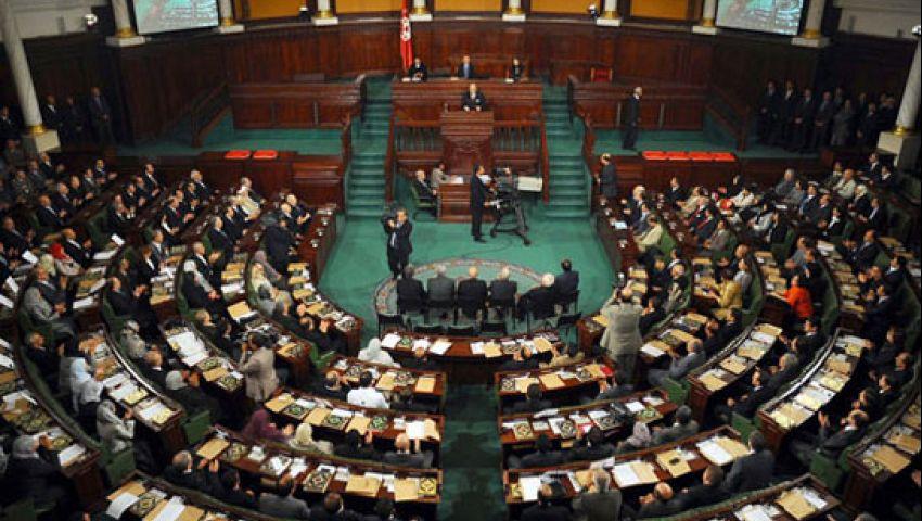 تمرد تونس تجمع 372 ألف توقيع لإسقاط البرلمان