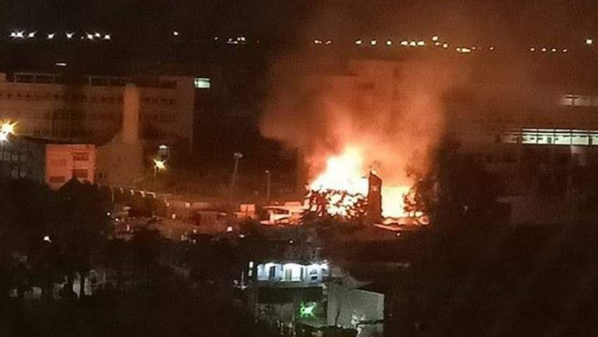 صور وفيديو| بسبب ماس كهربائي.. حريق هائل يدمر كنيسة «مارجرجس» بحلوان