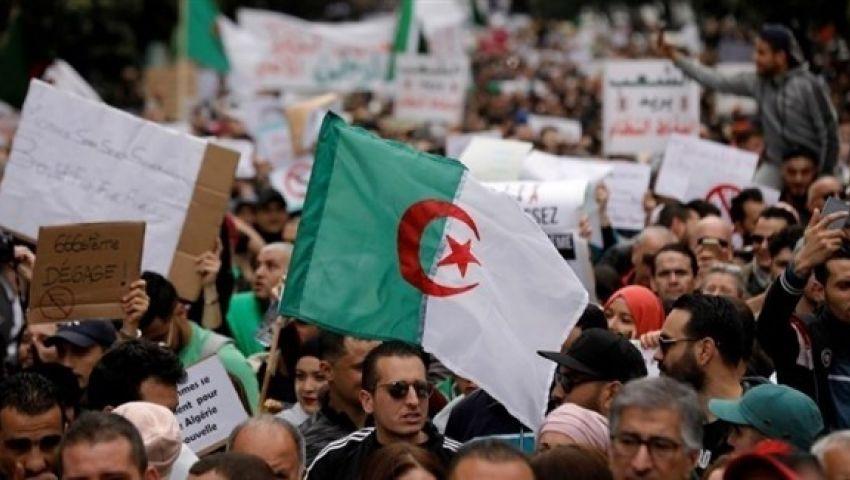 الجزائر.. النطق بالحكم في قضية فساد رئيسي وزراء سابقين الثلاثاء