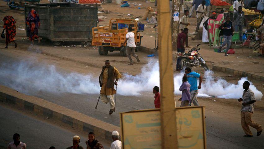 رغم إعلان الطوارئ.. اندلاع احتجاجات ليلية في الخرطوم