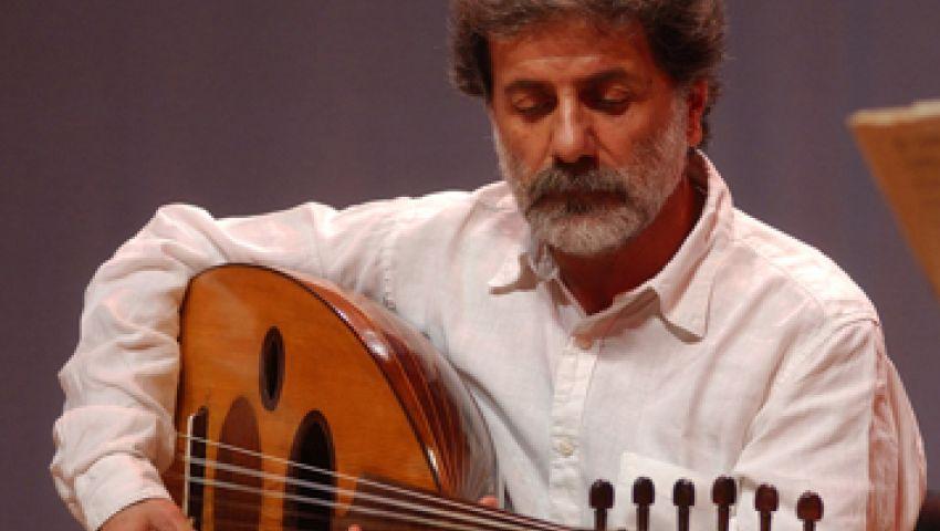 مارسيل خليفة يغني لجمهوره على وقع انفجارات لبنان