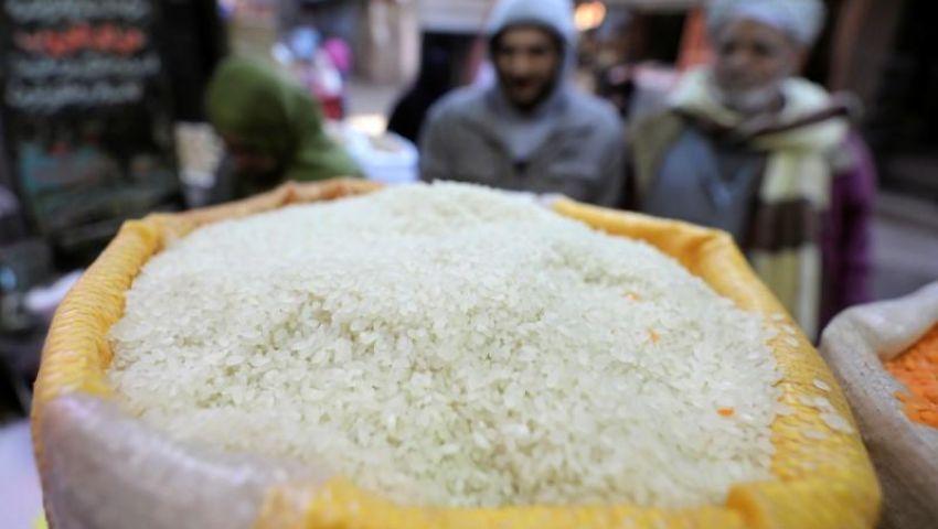 الحكومة تعلن صرف الأرز على بطاقات التموين أبريل المقبل