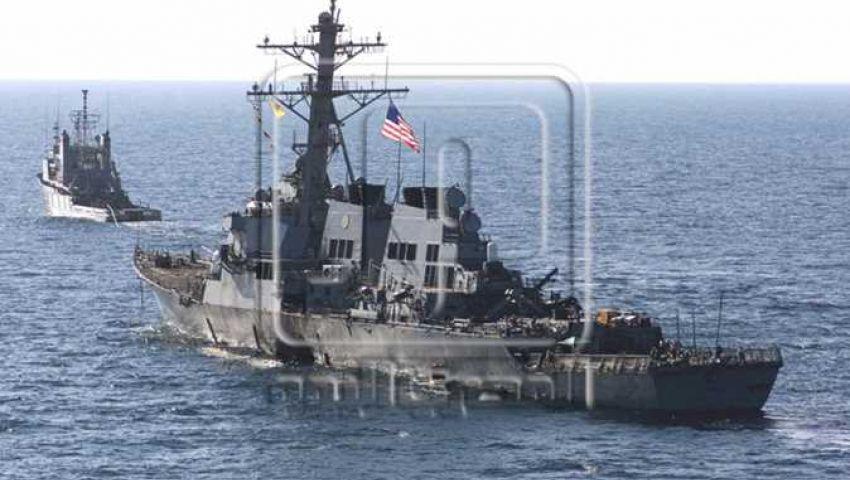 «فضيحة» في حمامات مدمرة للبحرية الأمريكية