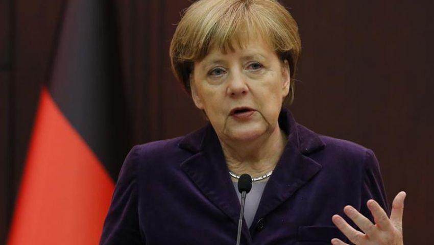 ميركل: لا يمكن حل مشاكل أوروبا في قمة واحدة