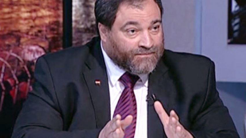 باسم خفاجي يتضامن مع معتز مطر ضد حكم حبسه