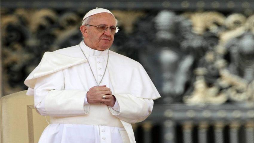 بابا الفاتيكان يلتقي مؤسس فيسبوك وزوجته في روما