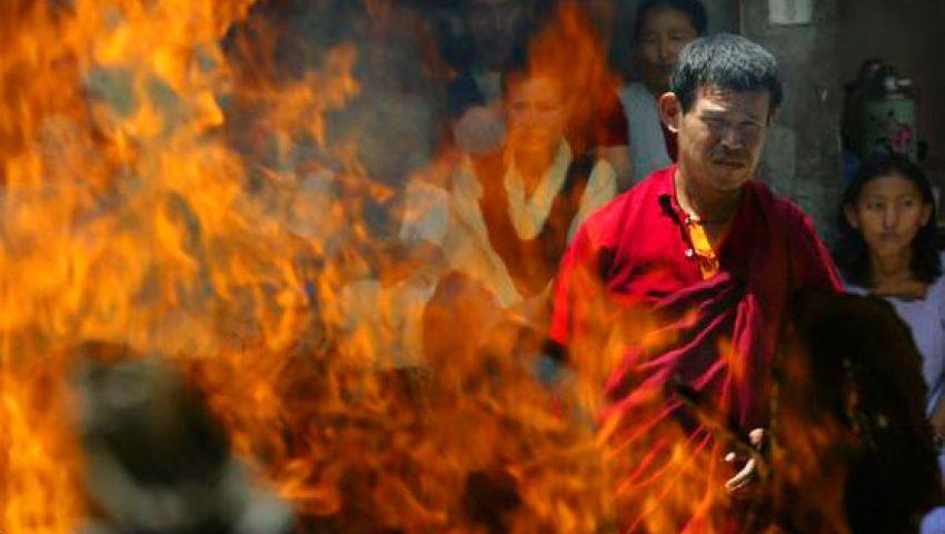رجل دين تيبتي يحرق نفسه