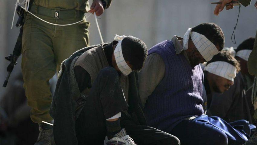 في شهر الصيام.. هكذا يقسو الاحتلال على أسرى فلسطين