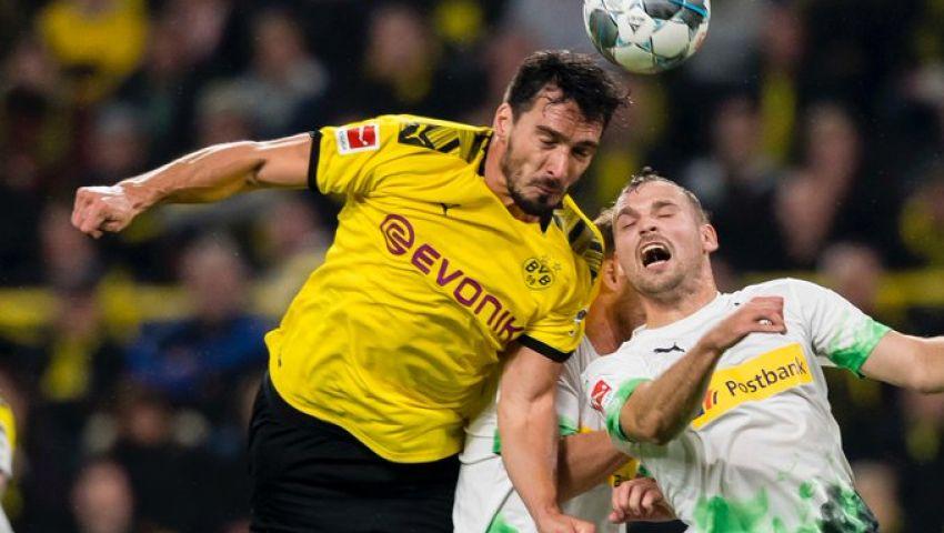 بالفيديو.. مونشنجلادباخ يحافظ على صدارة الدوري الألماني رغم الهزيمة أمام دورتموند