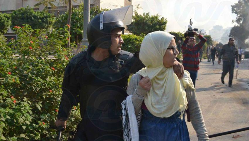 أزهري للحقوق والحريات يتهم الأمن باعتقال وإخفاء 3 بنات