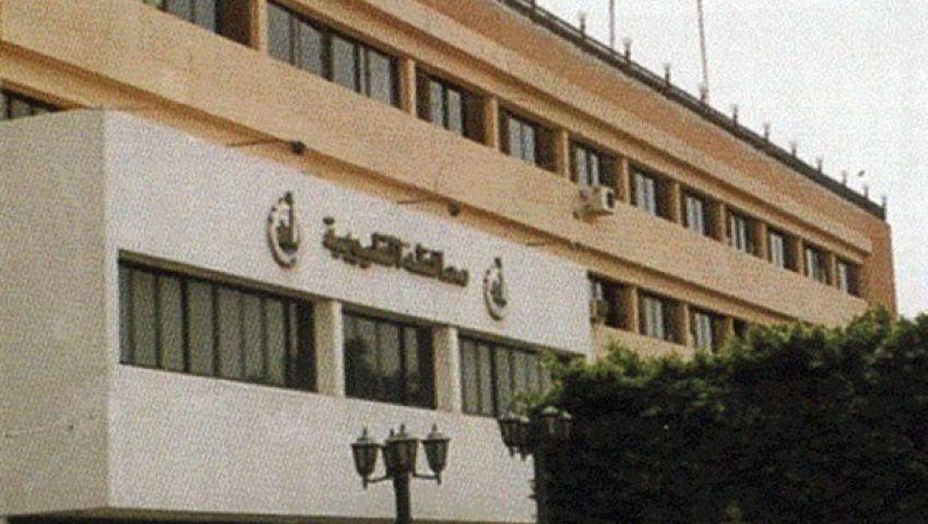 متظاهرو القليوبية يواصلون اعتصامهم ويغلقون مبنى المحافظة