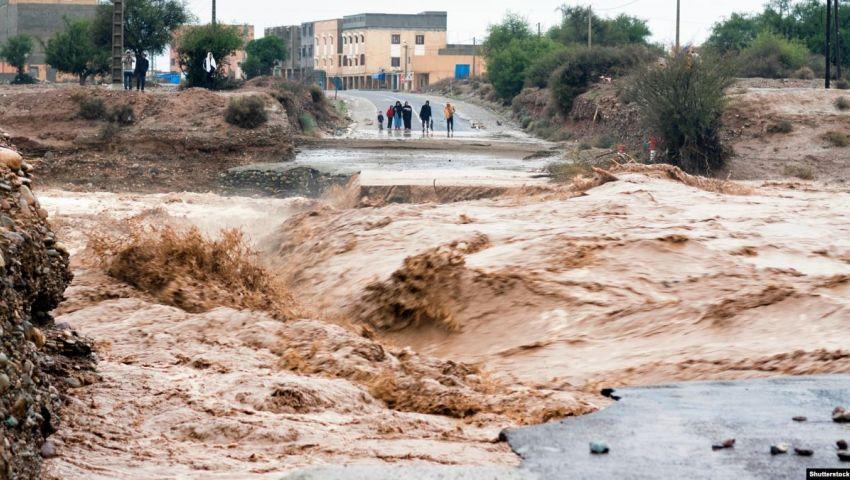 حصيلة جديدة لضحايا انقلاب حافلة جراء السيول في المغرب